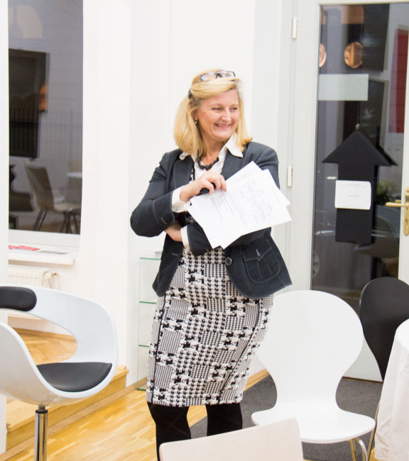 Dkfm. Sonja Dolzer   BURN-IN BUSINESS CIRCLE II   Workshop BURN-IN Kultur-Koordinaten