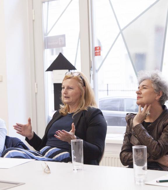 Mag. Lea Halbwidl (Bezirksvorsteherin) | Dkfm. Sonja Dolzer (BURN-IN) | Martina Schmidt (ORF)