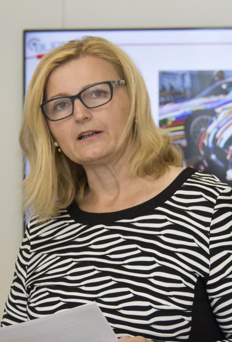Sonja Dolzer