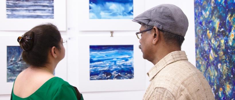 Dr. Renu Pall (indische Botschafterin), Asit Podda (Künstler)
